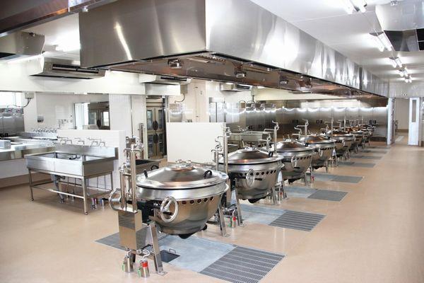 高槻市立第二中学校給食棟増築機械設備工事2